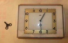 kuchynské hodiny na kľúčik Socialism, Childhood Memories, Ale, Clock, Retro, Czech Republic, History, Nostalgia, Watch