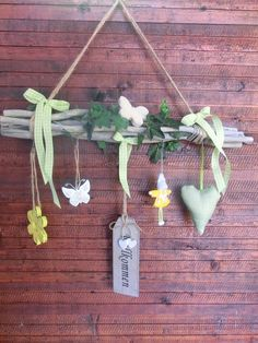 Plant Hanger, Vines, Diy And Crafts, Tassels, Projects To Try, Shabby Chic, Easter, Wreaths, Christmas