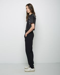 T by Alexander Wang / Cropped Leather Tee T by Alexander wang / High-Waisted Poly Crepe Trouser Golden Goose / Super Star Sneaker