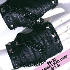 Black Studded Knit Fingerless Goth Punk Rock Motorcycle Biker Gloves SKU-71102037
