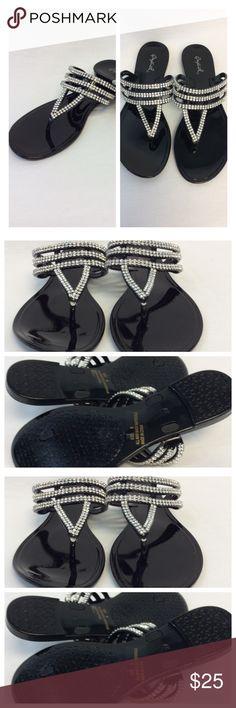 QUPID RHINESTONE SANDALS QUPID RHINESTONE SANDALS Size 6 (052) Qupid Shoes Sandals