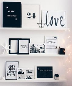 Also at Christmas: typography is trend! Write your quotes and sayings on the retro letter board and decorate casually. Just put on a dresser and lean against the wall. So easy you conjure a modern and at the same time individual interior! Living Room Modern, Living Room Decor, Bedroom Decor, Wall Decor, Bedroom Ideas, Wall Art, Decoration Inspiration, Room Inspiration, Merry Christmas
