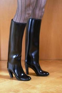 red nokia vintage  nokia rubber boots  gummistövlar boots