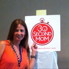 Claudia of @thePHIXisin stopped by the #30SecondMom booth at #SheStreams! Thank you! :)