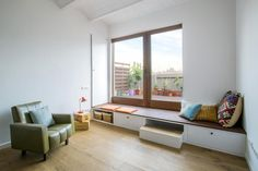 Endearing Small Apartment Design in Barcelona