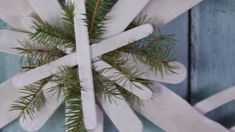Hang a pretty snowflake ornament that's meant for the outdoors. A few paint sticks and paint provide the base -- see how! Best Outdoor Christmas Decorations, Christmas Greenery, Christmas Crafts For Kids, Christmas Lights, Holiday Crafts, Christmas Ornaments, Christmas Ideas, Outdoor Decorations, Holiday Decorations