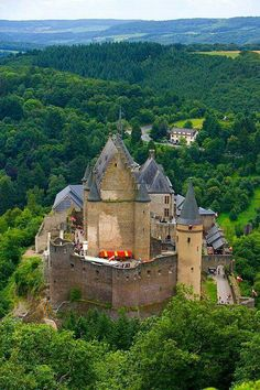 Vianden Castle, Luxembourg - Vianden Castle was constructed between the 11th and 14th centuries on the foundations of a Roman 'castellum' and a Carolingian refuge. It was completly restored to its former glory in 1977.
