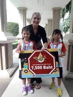 Big congratulations have to go out to Berkeley's talented 2nd grade student Marrisa Bullard.  Yesterday at Keerapat international school she took top honors in the 1st & 2nd grade level spelling bee! With 80 other competitors and 16 other international school represented she did us proud. Marrisa also won 7,500 baht in prize money and a host of other books and gift vouchers. Today and tomorrow our 3rd, 4th and 5th graders are in action.