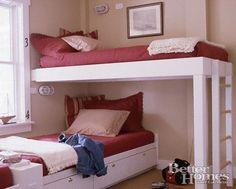 Bunk bed opposite! cute bedroom layout
