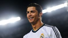 Cristiano Ronaldo (Futbol) Şampiyonlar Ligi şampiyonu Real Madrid'in Portekizli futbolcusu