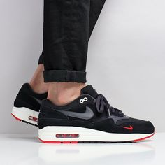 The Latest Shoes, T-Shirts & Shirts at Urban Industry, Eastbourne, UK Air Max 1s, Nike Air Max, Latest Shoes, New Shoes, Air Max 1 Black, Air Max Sneakers, Sneakers Nike, Walk Run, Black Oil