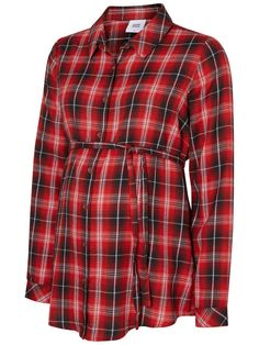 Chequered maternity shirt from Mamalicious. Ideal with a pair of jeans and high boots.
