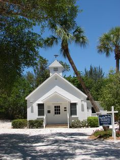 ☼ Sanibel Island, Florida ☼ — Chapel by the Sea, which is recognized in the National Register of Historic Places, is denominationally independent and welcomes everybody, regardless of their spiritual beliefs.