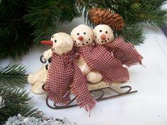 Paper Mache 3 Primitive Snowmen w Scarves Sledding Wood Sled Christmas Ornament | eBay
