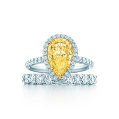 Tiffany Soleste® Pear