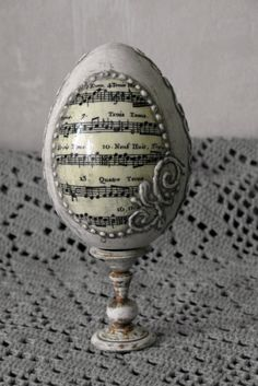 Easter Egg Crafts, Easter Eggs, Decoupage, Carved Eggs, Music Crafts, Faberge Eggs, Crafts Beautiful, Egg Art, Egg Decorating