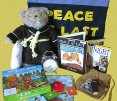 'Peace at Last' (story by Jill Murphy). I'm a slow knitter it took me 18 months to make Mr Bear's dressing gown, I also made him some stripey pj's and a pillow. The wooden bird whistles make very realistic sounds! Jill Murphy, Baby Owls, Owl Babies, Peace At Last, Bears Game, Story Sack, Book Spine, Sack Bag, Eyfs
