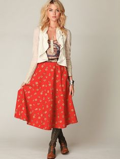 I would love to wear skirts like this if I were taller!