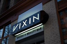 Vixan Salon & Beauty Bar: Fascia Signage