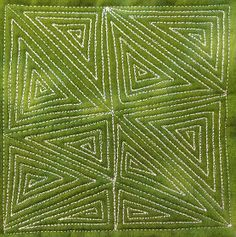 The Free Motion Quilting Project: 78. Free Motion Quilting Garden Maze, #419 via Leah Day, 12/13