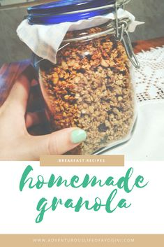 Do you really need to buy your granola in the supermarket? Why not do it yourself? It's probably healthier since you know what you are eating and cheaper! Check out the recipe!