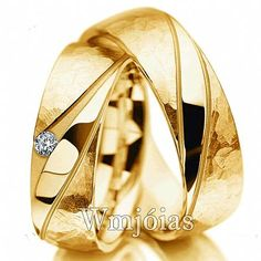 Meister Yellow gold wedding ring set with diamond G-VS Meister White gold wedding ring set with diamond G-VS Platinum Wedding Rings, Wedding Bands, Gold Wedding, Couple Bands, Jewelry Rings, Jewelery, Engagement Rings Couple, Ring Designs, Wedding Jewelry
