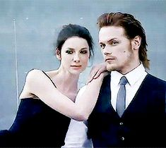 Caitriona Balfe & Sam Heughan (Claire Beauchamp Randall & Jamie Fraser) good lord, he is pretty.