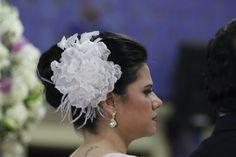 Noiva Lucíola - Fotos por estúdio Gouveia & Roenick Photo Art. flor by Bárbara Heliodora