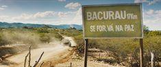 """'Bacurau' (Foto: Reprodução)  Conhecido como Oscar do cinema independente, o Spirit Awards divulgou sua lista de indicações para a edição 2021 nesta terça-feira (26), com uma notícia boa para o mercado cinematográfico brasileiro: Bacurau (2019) está entre os indicados, e será um de nossos representantes na premiação. saiba mais Na série """"Lupin"""", os sneakers roubam a aten&cced"""
