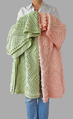 Best 11 This vintage style, beautiful crochet blanket is an ideal handmade addition to every modern home. If you love hygge this handmade blanket is for you. Easy to make, especially with free crochet pattern designed by Dada's place. Motifs Afghans, Afghan Crochet Patterns, Crochet Afghans, Baby Blanket Crochet, Crochet Blankets, Modern Crochet Blanket, Baby Blanket Knitting Patterns, Crochet Blanket Stitches, Baby Blanket Knitting Pattern Free