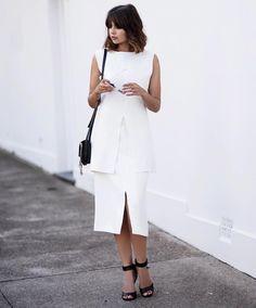 """""""White on white ⚪️"""""""