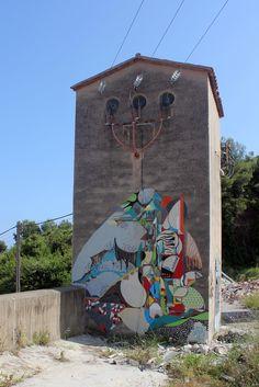 SPOGO - Graffiti Economico #12  Barcelona. 2013