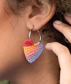 Tunisian Hoop Earrings Free Tunisian Crochet Pattern LC5031