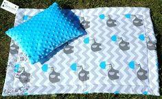 www.petside.pl Kocyk i poduszka do wózka dziecięcego #wózek #handmade #rękodzieło #niemowlę #dladziecka #baby #forbaby #kids #elephant #słoń #blue #niebieski Picnic Blanket, Outdoor Blanket, Babe