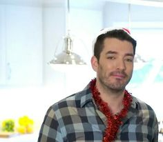 Jonathan Silver Scott, Hgtv Designers, New Year 2018, Property Brothers, Friends Family, Other People, Cute Pictures, Men Casual, Mens Tops
