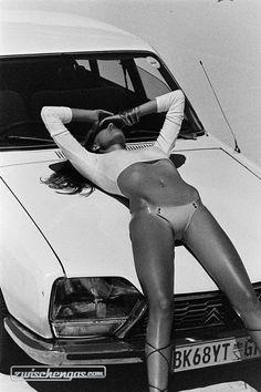 Provokativ inszenierter Citroën © Henrik Purienne #Citroën #zwischengas #classiccar #classiccars #oldtimer #oldtimers #auto #car #cars #vintage #retro #classic #fahrzeug