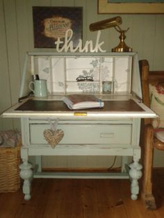 Vintage Art Deco shabby chic painted Bureau/writing/computer desk