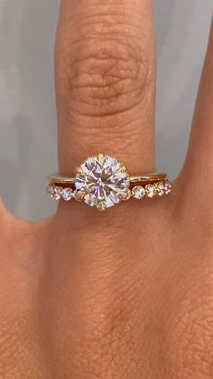 Traditional Wedding Rings, Modern Wedding Rings, Wedding Rings Sets Gold, Diamond Wedding Bands, Wedding Rings Sets His And Hers, Halo Wedding Set, Traditional Engagement Rings, Round Solitaire Engagement Ring, Round Halo Engagement Rings