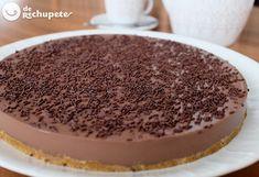 Receta rápida y sencilla de tarta de cuajada y chocolate negro. Un postre que se hace en tan solo 20 m. muy similar a la tarta 3 chocolates. Paso a paso