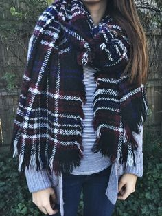 Must have winter accessory = a big, fluffy scarf that can also double as a shawl. Great for travel! #winteraccessory