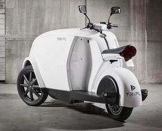 cargo vehicle - Whether for the urban consumer looking to pick up some extra shifts as a delivery person or as a means of transporting their goods to and from loca. Electric Cargo Bike, Electric Scooter, Electric Motor, E Scooter, Pedal Cars, Camper, Audi Tt, Bike Design, Bike Food
