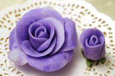 HowTo: Fantastic Flower Gum Paste Tutorials.  This site has loads of tutorials for fondant, gumpaste, and sugar art