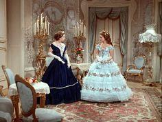Romy Schneider & Vilma Degischer in Sissi Sissi Film, Impératrice Sissi, Beautiful Costumes, Beautiful Gowns, Movie Costumes, Theatre Costumes, Unique Prom Dresses, Vintage Dresses, Empress Sissi