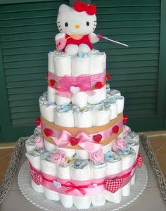 Kitty diaper cake