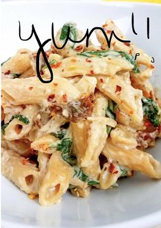 Weight Watchers Tuscan Chicken Pasta Weight Watchers Tuscan Chicken Pasta This is a delicious weight watchers dinner recipe! Creamy pasta and a huge serving for just 7 freestyle smart points! Weight Watchers Desserts, Weight Watchers Pasta, Weight Watcher Dinners, Weight Watcher Recipes, Weight Watchers Smart Points, Ww Recipes, Skinny Recipes, Healthy Dinner Recipes, Healthy Meals