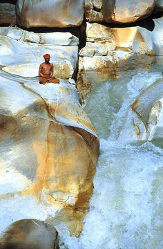 Gangotri falls , India, from Iryna More information Tourism Navarra Spain: ☛ ➦…