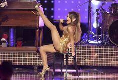 Ariana Grande durante su participación en los American Music Awards