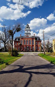 Hancock County Courthouse - Sparta, Georgia by Georgia Wanderer