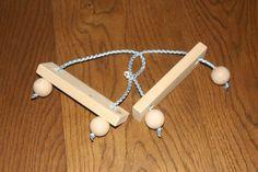 Dřevěný hlavolam Wood puzzle Clothes Hanger, Bobby Pins, Puzzle, Hair Accessories, Wood, Coat Hanger, Puzzles, Woodwind Instrument, Clothes Hangers