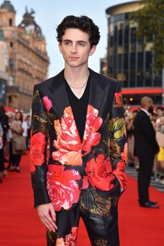 Timothee Chalamet in a floral suit Beautiful Boys, Beautiful People, Liam Payne, Niall Horan, Louis Tomlinson, Harry Styles, Timmy T, Press Tour, Little Boy Fashion